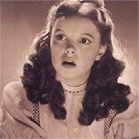 scarlett o hara hairstyle do you think that dorothy s hairstyle looks like scarlett