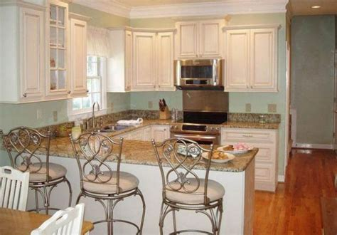 kitchen cabinets with floors white kitchen cabinets with floors wood floors