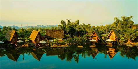 wisata dusun bambu lembang  wajib dikunjungi