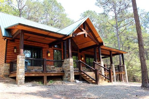 white waters secluded beavers bend cabin on 40