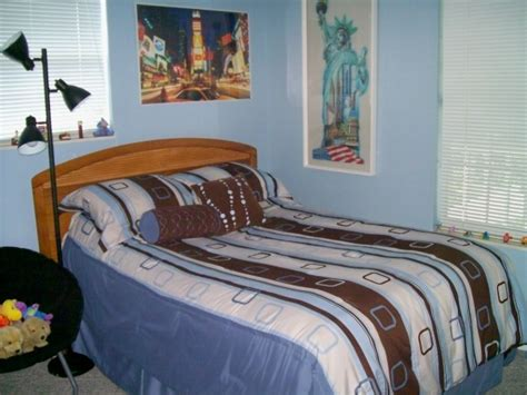 new york city themed bedroom information about rate my space questions for hgtv com