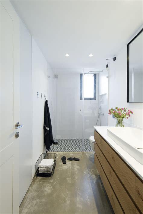toilet in badkamer toilet en badkamer in dezelfde stijl interieur inrichting