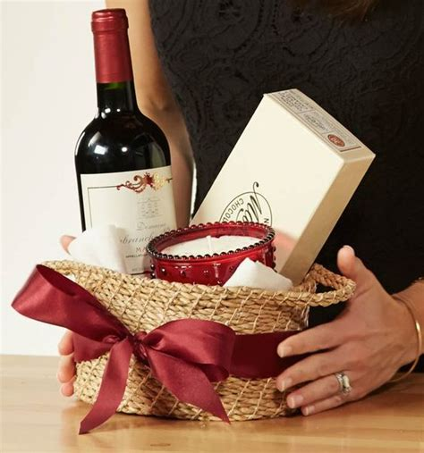 great hostess gifts how tos for the holidays a perfect hostess gift box of