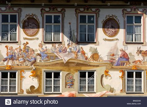 thoma haus tromp l oeil frescoes at the lang haus birth house of