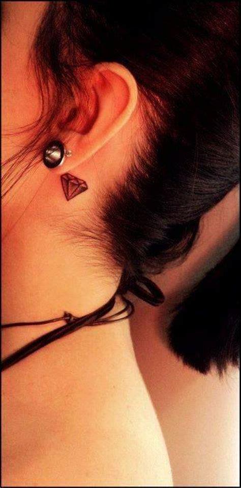 diamond tattoo behind ear tumblr diamante tatuajes para mujeres