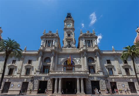 Ayuntamiento De Valencia Ayuntamiento   ayuntamiento de valencia touristing valencia