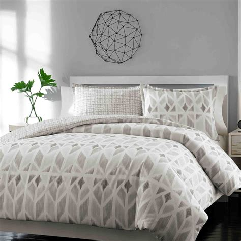 bed skirt queen bedroom fascinating bed skirts queen for bedroom