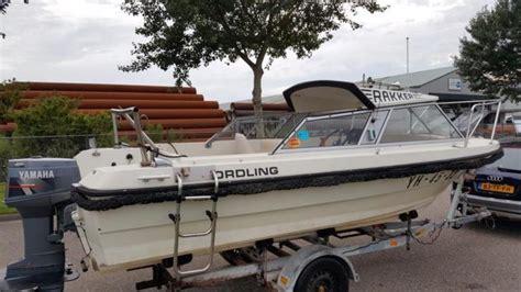 visboot met kajuit kajuit boot 8 persoons met 25 pk yamaha rana visboot