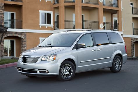 Chrysler Town And Country 2013 by 2013 Chrysler Town Country S Gets Enhanced