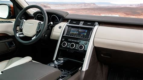 range rover sport interior 2017 lr4 dies to become new land rover discovery 2017