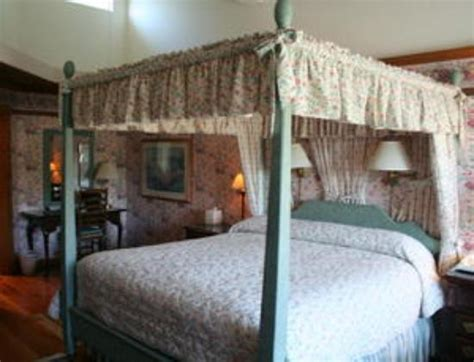 blue whale inn cambria california bed and breakfast
