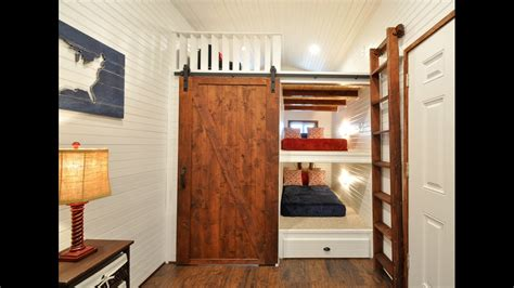 32 Tiny House Has Built In Bunk Beds For The Kiddos Youtube Tiny House Bunk Beds