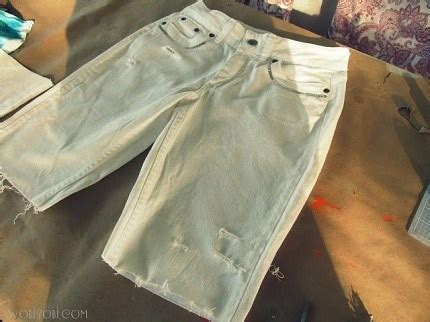 diy distressed shorts tutorial tutorial perfectly distressed cut sewing