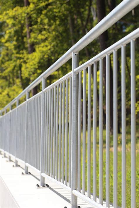 Balkongeländer Kaufen by Balkongel 228 Nder Verzinkt Jetzt Angebot Anfordern