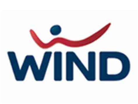 wind servizio clienti mobile wind premiata per il suo servizio clienti
