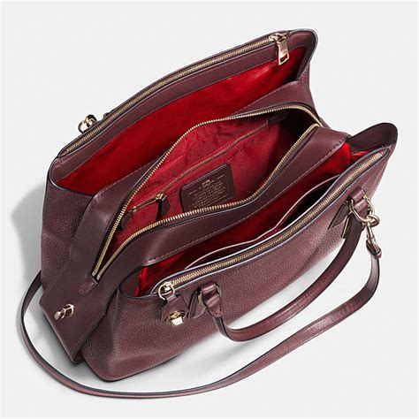 Tas Coach Original Coach Carryall 28 Saddle coach silver saddle pebble leather zip top closure carryall 34 handbags purses