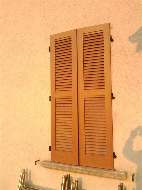 persiana in legno persiane roncoroni legno