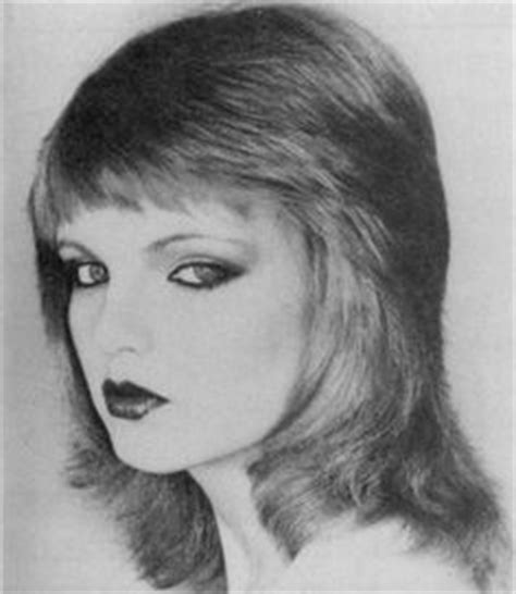 1970s feather cut feathered hairstyles 80s celebrity hairstyle