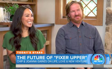chip and joanna gaines fixer upper stars chip and joanna gaines shoot down