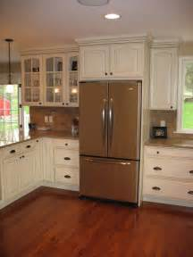 ceiling high kitchen cabinets how high is the ceiling in this kitchen i e 9 ft or 10 ft
