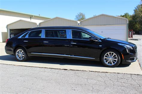 Cadillac Xts Images by Cadillac Xts 48 Quot Raised Roof Limousine Interior