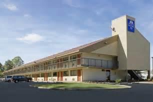 hotels with in room in richmond va book americas best value inn richmond virginia hotels