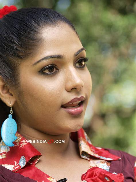 big b malayalam film actress name muktha george photos photos 24 muktha george photo