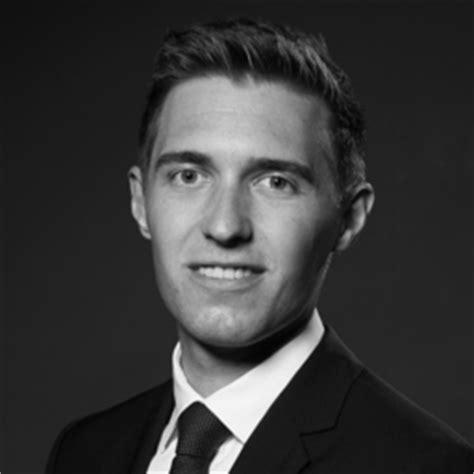barclays bank plc frankfurt adrian ladendorf investment banking analyst barclays