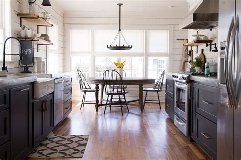 chip house the magnolia house booking and photos chip joanna gaines