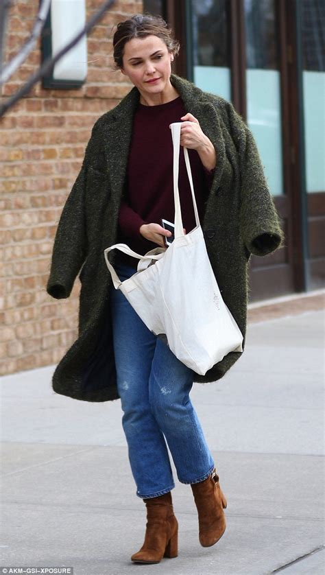 matthew rhys partner keri russell looks chic while on the move in new york city