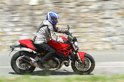 Motorradhelm 4 Jahre by Ratgeber Wenn Der Motorradhelm In Die Jahre Kommt Auto