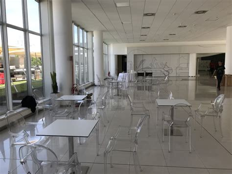 sedie trasparenti kartell noleggio sedia louis ghost trasparente di kartell