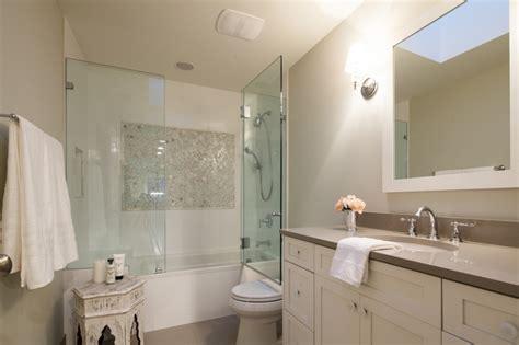 bathtub enclosure ideas the benefits of a bathtub glass enclosure de lune com