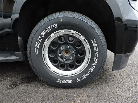 cooper htp tire reviews cooper tire discoverer srx review 187 autoguide news