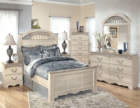 Coleman Furniture Bedroom Sets by Poster Bedroom Set From B196 67 64 98
