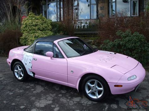 pink convertible mazda mx5 eunos sports roadster 1989 1 6 manual pink