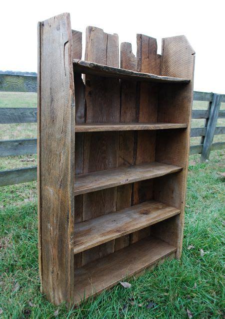 Regale Aus Altem Holz by 25 Best Ideas About Rustic Bookshelf On
