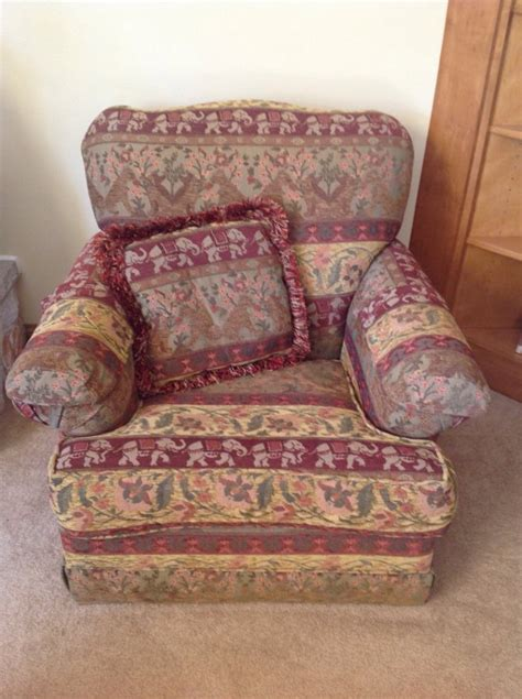 Living Room Sitting Chairs Living Room Sitting Chair Wisconsin 53151 New Berlin 100 Home And Furnitures Items For