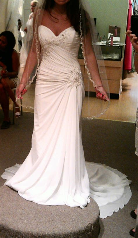 What style of wedding dress would be best for a short