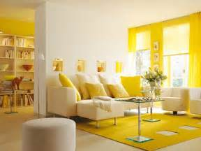 23 bright and beautiful living rooms with yellow accents