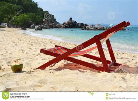 strand liege liege auf strand stockfoto bild k 252 stenlinie wagen