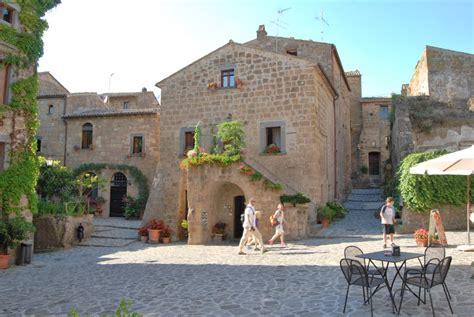 Narrow Modern House Bed Amp Breakfast Quot Del Prato Quot At Civita Di Bagnoregio