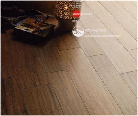 Would Porcelain Tile That Looks Like Wood Make A Countertop Kitchen Up For Debate Hardwood Floors V Tiles That Look Like Wood Roomology