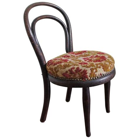 antique thonet chair bentwood rocker 19th antique thonet rocking chair sale at 1stdibs