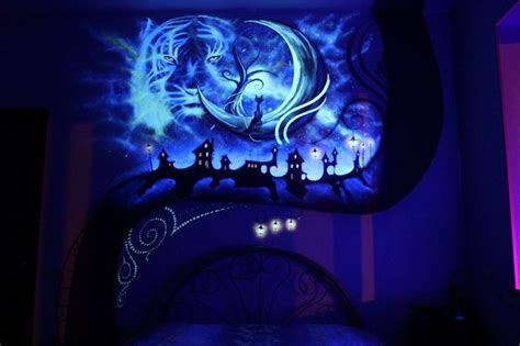 glow in the dark murals when the lights go out my bedroom becomes a fairytale