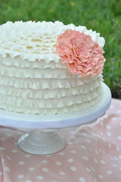 White Ruf E Cake With Pink Ruf Eower Sweet Cheeks