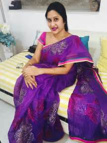 Bedroom Designer real hot aunty madhuri real life yummy aunties