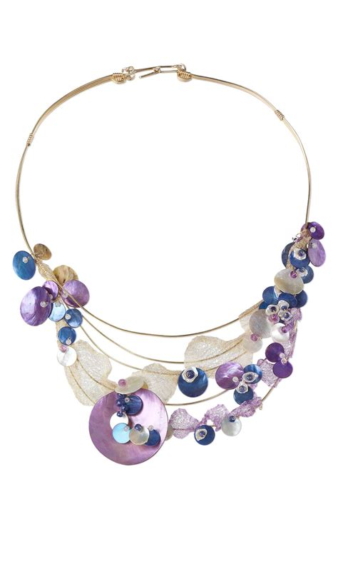 jewelry design single strand necklace with mussel shell