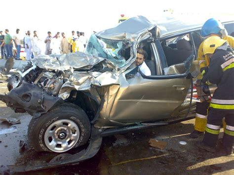 dies in car crash car car that killed 5 children
