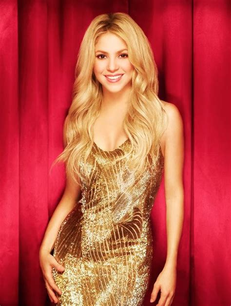 shakira s hair is amazing hair pinterest shakira her hair beautiful pinterest her hair